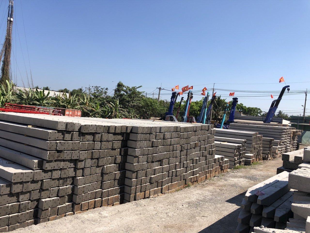 Ép cọc bê tông Bình Dương - Minh Trí